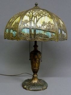 Massive Scenic Slag Glass Panel Lamp Signed (Royal Art Glass Co. ) all original glass - dia. Old Lamps, Antique Lamps, Antique Lighting, Victorian Lamps, Motif Art Deco, Stained Glass Lamps, Bedroom Lamps, Home Interior, Interior Design