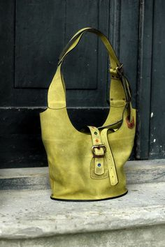 Dimensioni più piccole a mano borsa con zip in pelle verde a tracolla/spalla