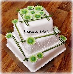 Wedding cake green by Lenka - http://cakesdecor.com/cakes/284643-wedding-cake-green