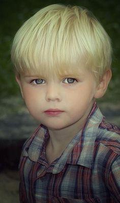 Very cute little boy!!!#follow me #Moiyyed1985   Sweet Sweet ...