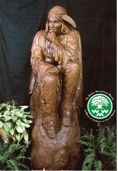 Wood carving of Tecumseh in the Wood Carving Museum in Windsor, Ontario. Postcard sent by a Postcrosser in Canada. Chainsaw Wood Carving, Native American Art, Folded Cards, Windsor Ontario, Lion Sculpture, Museum, Statue, Canada, Museums