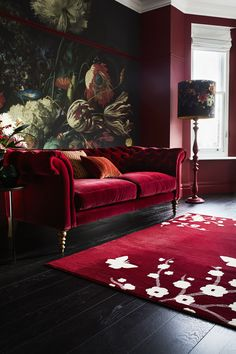 Top 21 interior design trends 2019 - All For Decorations Living Room Red, Home And Living, Black And Red Living Room, Interior Design Trends, Top Interior Designers, Red Rooms, Dark Interiors, Deco Design, Design Design