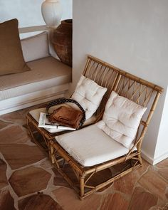 4 Creative And Inexpensive Diy Ideas: Natural Home Decor Living Room Color Palettes natural home decor diy cleanses.Natural Home Decor Inspiration Color Schemes all natural home decor living rooms.Natural Home Decor Diy Christmas Wreaths. Home Interior, Interior And Exterior, Interior Decorating, Brown Interior, Home Decor Bedroom, Living Room Decor, Living Spaces, Interior Design Inspiration, Home Decor Inspiration