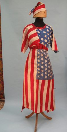American flag costume, c. American Pride, American History, American Flag, Victorian Fancy Dress, Patriotic Images, Patriotic Dresses, Vintage Outfits, Vintage Fashion, I Love America
