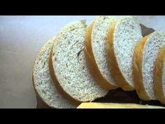 Není nic jednoduššího než si doma upéct křupavé rohlíčky, bulky či pletýnky. Bread, Youtube, Food, Brot, Essen, Baking, Meals, Breads, Buns