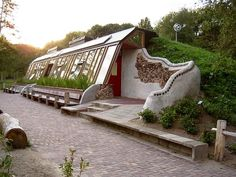 Earthship Home - Manitoulin Island, Ontario, Canada Earthship Home Plans, Earthship Design, Earthship Biotecture, Underground Building, Underground Homes, Natural Building, Green Building, Planos Earthship, Earth Bag Homes
