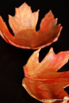 Tutorial: Salt Dough Leaf Bowls - a unique and beautiful craft for fall. Kid friendly, too!
