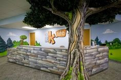 Worlds of Wow - themed check-in areas attract kids and set the kids area apart, like this one at Woodridge Baptist Church. Sunday School Rooms, Sunday School Classroom, Kids Church Rooms, Church Nursery, Church Lobby, Church Stage, Worlds Of Wow, Sunday School Decorations, Preschool Rooms