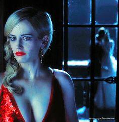 """Eva Green jako Angelique Bouchard (""""Dark Shadows"""", """"Mroczne cienie"""")"""