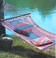 Hammock Crochet Pattern Wow this would take weeks to make Crochet Home, Free Crochet, Knit Crochet, Crochet Stitches, Crochet Patterns, Crochet Hammock, Night Coffee, To My Daughter, Daughters