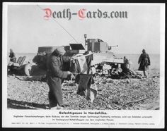 orig. WWII Press Photo - Africa Corps - destroyed engl. tank in the desert - Date of publication: Jan.19, 1942