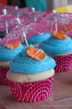 Luau Birthday Party Ideas - Cupcake and Dessert Ideas for Hawaii Celebration If you are on the search for luau birthday party ideas, you have come to the right place. For my daughter's ninth birthday, she requested a Hawaiian theme Hawaii Birthday Party, Luau Birthday Cakes, Luau Cakes, Luau Theme Party, Hawaiian Birthday, Birthday Party Invitations, Aloha Party, Hawaiian Theme, 9th Birthday