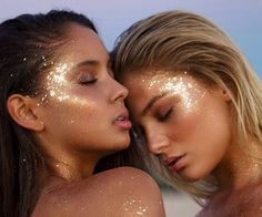glitter glow| http://amykinz97.tumblr.com/ | https://instagram.com/amykinz97/ |