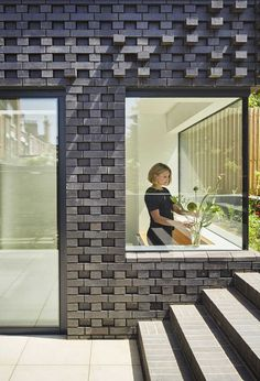 Extension of an Edwardian property in Crouch End by Mulroy Architects using Staffordshire Blue textured brickwork Brick Crafts, Brick Projects, Brick Design, Facade Design, Brick Extension, Facade Pattern, Brick Detail, Facades, Houses