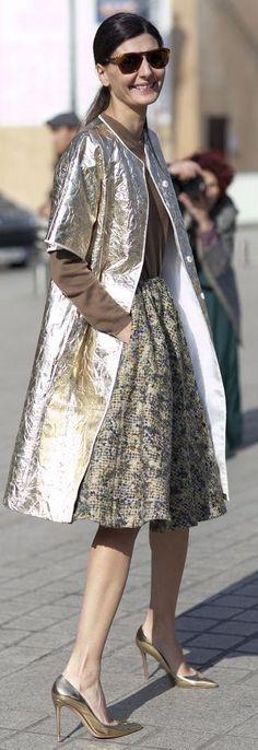 Metallic Gold Half Sleeve Coat