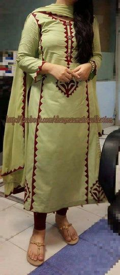 Simple is the best Churidar Designs, Kurta Designs Women, Blouse Designs, Dress Designs, Pakistani Dresses, Indian Dresses, Indian Outfits, Western Dresses, Bmw I8