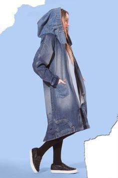 Godinot pašu ražojumu: tērpu idejas Jāņiem no Latvijas dizaineriem - DELFI Jeans Casual, Jeans Recycling, Denim Fashion, Fashion Outfits, Outing Outfit, Estilo Jeans, Mode Jeans, Denim Ideas, Denim Crafts