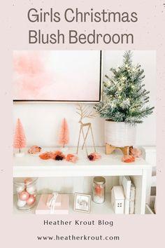Christmas Signs, All Things Christmas, Christmas Home, Christmas Holidays, Christmas Decorations, Hygge, Lindsay Letters, Blush Bedroom, Bedroom Decor On A Budget