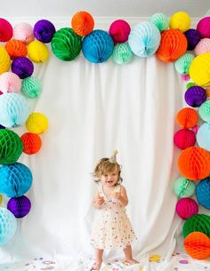 "Confetti-Filled First Birthday Party Confetti-filled Fun First Birthday Party - great ideas, ""games"" and decor!Confetti-filled Fun First Birthday Party - great ideas, ""games"" and decor! Ball Birthday, Rainbow Birthday Party, Birthday Balloons, First Birthday Parties, Birthday Party Themes, First Birthdays, Birthday Kids, Rainbow Theme, Kids Birthday Decorations"