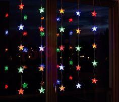 Lumières de Noël pour l'intérieur LED rideau étoile multicouleur http://www.rotopino.fr/lumieres-de-noel-pour-l-interieur-led-rideau-etoile-multicouleur-bulinex-21-611,58130 #lumieresdenoel #noel #decoration #rotopino