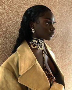 Beautiful Dark Skinned Women, Beautiful Black Girl, Pretty Black Girls, Simply Beautiful, Black Girl Makeup, Girls Makeup, Dark Skin Beauty, Hair Beauty, Black Beauty
