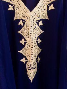 Traditionnel brodé caftan bahreïni maxi robe par ArabianThreads