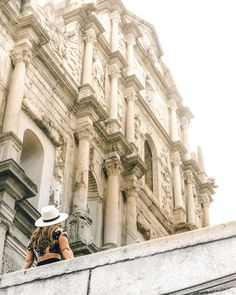 """1,971 Me gusta, 138 comentarios - TRAVEL COUPLE ✈️Scott+Collette (@roamaroo) en Instagram: """"It's always better to look up ••••• The ruins of St. Paul are located in the """"old"""" part of Macau in…"""" Macau Travel, Travel Couple, Looking Up, Hong Kong, Old Things, Louvre, Explore, Couples, World"""