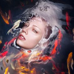 This portraits series created by Staudinger + Franke staged men and women faces hidden in clear water. The variance of colors and elements offer an aesthetic diversity, where fishes, anemones or water vibrations blend with spread hairs.
