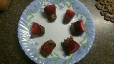 I ❤ these strawberries covered with chocolate 🍫🍓