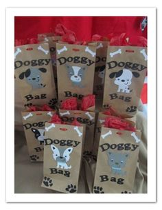 goody bags for puppy party Write doggie bag on favor bags but with pups from paw patrol Dog Themed Parties, Puppy Birthday Parties, Puppy Party, Birthday Fun, Birthday Party Themes, Birthday Ideas, Dog Parties, Party For Dogs, Party Animals