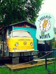 Only in East Nashville could there be a hot dog stand with the undisputed best name of all time, which I cannot ever say with a straight face: I Dream of Weenie.