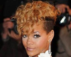 PICS OF STYLISH CURLY MOHAWK HAIRSTYLES FOR BLACK WOMEN - Fashionre