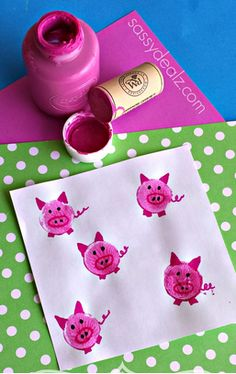 Here are some fun wine cork crafts for kids to make! They are easy and cheap art projects to do! Kids Crafts, Daycare Crafts, Summer Crafts, Toddler Crafts, Preschool Crafts, Projects For Kids, Diy For Kids, Arts And Crafts, Craft Kids