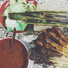 My mom mentioned #satay and I found @satayboy online. Ordered the goods and it arrived within the hour. Dinner for 2 thanks Luqman & friends. #Singapore