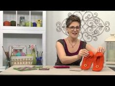 Preview video of the Summer 2013 issue of Creative Knitting, including a special demo by editor Kara Gott Warner of the Fractured Lattice Pattern. Order a digital copy of the issue here: http://www.anniescatalog.com/detail.html?prod_id=101313. Go here to join our knitalong featuring the Must-Try Stitch Sampler Slippers: http://www.creativeknittingmagazine.com/knit_along.php
