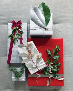 Nature-Inspired Gift Wrap Accenting sprigs, berries, and leaves with glitter, silver paint, or microbeads turns packages into natural wonders. Christmas Gift Wrapping, Christmas Presents, Holiday Gifts, Christmas Crafts, Christmas Decorations, Red Christmas, Natural Christmas, Christmas Ribbon, Elegant Christmas