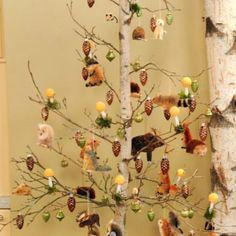 Woodland Christmas tree - looks like my Easter tree!
