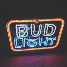 Little vintage bud light neon bar sign. Our store is located in Toronto.
