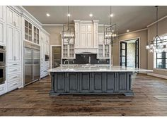 """Less """"fancy"""" cabinets shaker style for a more casual feel Home Decor Kitchen, Kitchen Ideas, Kitchen Redo, Kitchen Cupboards, Kitchen Designs, Kitchen Island, Luxury Kitchens, Home Kitchens, Beautiful Kitchens"""
