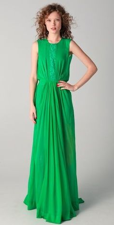 Green gown with lace detail