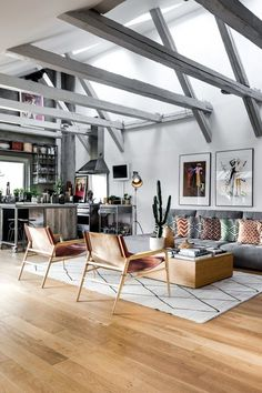 The Best And Amazing Small Apartment Interior Design Ideas In 2019 20 Small Apartment Interior, Attic Apartment, Living Room Interior, Interior Design Kitchen, Modern Interior Design, Living Room Decor, Contemporary Interior, Ikea Interior, Apartment Entryway