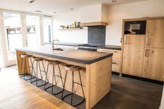Home - NB Interieurwerken Wooden Island Kitchen, Classic Furniture, Kitchen Styling, Cool Kitchens, Living Room Designs, Interior Design, Table, Nice Kitchen, House