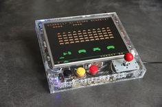 Retro Gaming Arcade Console with Raspberry Pi (RetroPie)