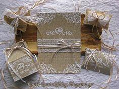 Προσκλητήρια - Μπομπονιέρες Γάμου Βάπτισης: Mr and Mrs...!