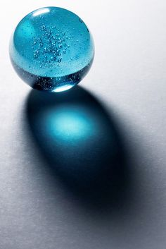 Light Refraction  /  Blue Puree Marble    -   2008    -     Mike Stoy photography     -    https://www.flickr.com/photos/28090908@N04/3232988622/