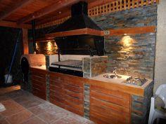 PERGOLAS Y QUINCHOS Built In Bbq, Bbq Area, Pergola Lighting, Covered Pergola, Backyard Pergola, Outdoor Kitchen Design, Barbacoa, Charcoal Grill, Beautiful Homes