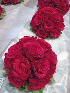Magenta Rose Wedding Bouquets