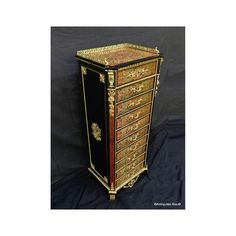 Antiquites-biau.com - Cabinet in #Boulle #marquetry #Napoléon III 19th stamped Charon #marqueterieboulle #frenchantiques #interiors #frenchinteriors #Boullemarquetry #marqueterie #antiques #french #tortoiseshell frenchantiques #luxurylifestyle #luxuryfurniture #boullefurniture #buffet #boullecabinet