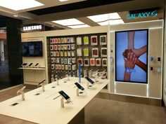 Samsung SIS within 3 Mobile @ Liverpool One shopping centre.  This was part of an 11 store roll out with Three.