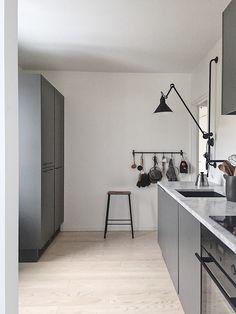 53 Top Modern Scandinavian Kitchen Design Ideas - Page 41 of 53 Design Furniture, Plywood Furniture, Kitchen Furniture, Kitchen Decor, Furniture Stores, Furniture Nyc, Cheap Furniture, Design Scandinavian, Scandinavian Kitchen
